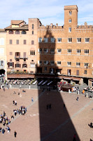 We thought the shadow of the Torre del Mangia was pretty interesting